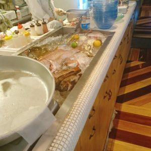 ブルーオーシャングリル 鮮魚